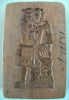 An antique wedding springerle mold. Kitchen in RVC was filled with molds. We had these from Holland Springerle Model, Dutch Cookies, Cigar Store Indian, Medieval Recipes, Springerle Cookies, Butter Molds, Chip Carving, Candy Cookies, Art Deco Furniture