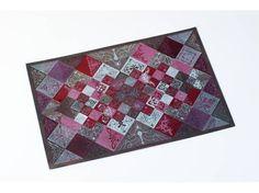takeda 108 【オリーブ】 Feelings, Rugs, Paper, Cards, Design, Home Decor, Farmhouse Rugs, Decoration Home, Room Decor
