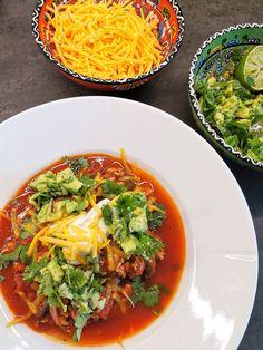 Lavkarbo middag oppskrifter - Sunne og næringsrike oppskrifter Thai Red Curry, Ethnic Recipes, Food, Meal, Essen, Hoods, Meals, Eten