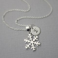 Initial Necklace Personalized Snowflake Necklace, Winter Wedding Necklace, Gift for Her, Flower Girl Necklace, Bridesmaid Necklace Gift