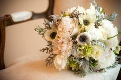 Winter Wedding Bouquets | Winter bridal bouquet | Floral and Botanical Inspiration