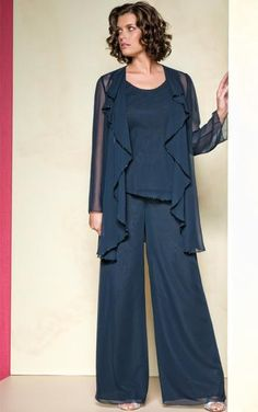 Hot Sale Elegant Chiffon Applique Long Pleat Collar long Sleeves Sequins Mother Of the Bride Pant Suits with jacket Mother Dresses 02 Evening Pant Suits, Formal Pant Suits, Wedding Pantsuit, Wedding Dress Men, Suit With Jacket, Mothers Dresses, Bride Dresses, Formal Dresses, Dresses Uk