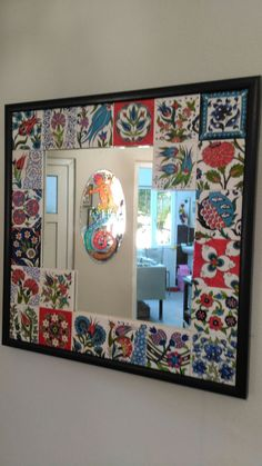 This Pin was discovered by Yel Mirror Painting, Mirror Tiles, Painting On Wood, Tile Art, Mosaic Art, Islamic Tiles, Islamic Patterns, Mandala Painting, Fabric Wallpaper