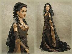 http://enchantedserenityperiodfilms.blogspot.ru/2010/03/crawford-manor-custom-made-dolls.html