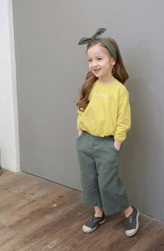 Spring Look For Kids    Picture    Description  The Natural G new collection shows a lot of pastel colors and comfortable cotton. The mix gives the Spring 2018 collection a very natural look. See for yourself at: www.kkami.nl/product-category/natural-g/  #NaturalG #unisex #kidsbrand #Spring2018...  https://looks.tn/season/spring/spring-look-for-kids-the-natural-g-new-collection-shows-a-lot-of-pastel-colors-and-comfortable-cotton-3/