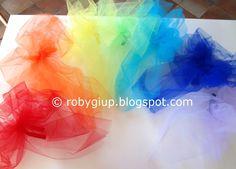 Rainbow tulle bows for a wedding (with tutorial) - RobyGiup handmade #wedding #DIY #tutorial