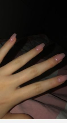 Simple is always better nails ideen - Harmony Des ongles simples et toujours meilleurs # Fingernägel ideen - # Fingernägel Aycrlic Nails, Nude Nails, Pink Nails, Hair And Nails, Matte Nails, Fingernails Painted, Yellow Nails, Coffin Nails, Neutral Nails