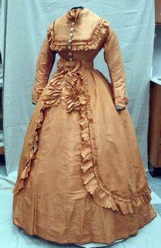 Apricot taffeta dress, Dress with detachable overskirt/sash. Via North Carolina Museum of History. Civil War Fashion, 1800s Fashion, Victorian Fashion, Vintage Fashion, Victorian Ladies, Vintage Couture, French Fashion, Victorian Era, Antique Clothing