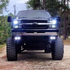 trucks chevy old Jacked Up Chevy, Chevy Duramax, Lifted Chevy Trucks, Gm Trucks, Jeep Truck, Chevrolet Trucks, Diesel Trucks, Cool Trucks, Pickup Trucks