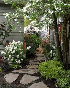 Cottage Garden Design, Cottage Garden Plants, Diy Garden, Shade Garden, Garden Paths, Cottage Gardens, Herb Garden, Tuscan Garden, Mediterranean Garden