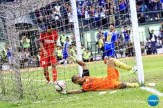 Persib vs Persiwa : Amir Syarifudin has been struggling to find his best form in this game.