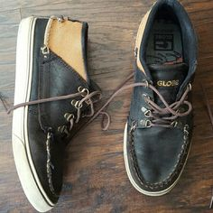 GLOBE Skate Shoes Size 11 GLOBE Skate Shoes Size 11 show some wear but lots of wear Left globe Shoes