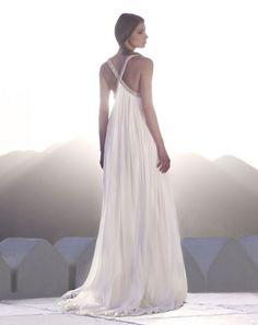 Wedding dress for a Moroccan themed wedding? Keywords: #weddings #jevelweddingplanning Follow Us: www.jevelweddingplanning.com  www.facebook.com/jevelweddingplanning/