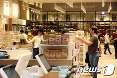 현대백화점 판교점, 국내 최대 식품관