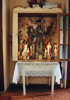 Living Shrines: Altar northern