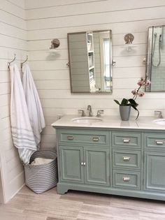 Totally transformed: update of an old bathroom vanityRomantic country farmhouse bathroom vanity makeover. Turn an old-fashioned vanity into a show stopper with a few DIY tips. Rustic Master Bathroom, Diy Bathroom, Modern Farmhouse Bathroom, Bathroom Renos, Bathroom Renovations, Small Bathroom, Bathroom Ideas, Bathroom Designs, White Bathroom