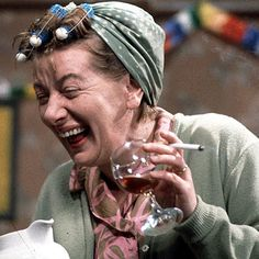 Liverpool-born Coronation actress Jean Alexander - famous for her headscarf and curlers in the role of Hilda Ogden - died yesterday just three days after her birthday. British Drama Series, British Comedy, Coronation Street, Vintage Tv, My Childhood Memories, 1970s Childhood, Teenage Years, Old Tv, Classic Tv