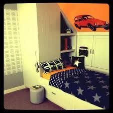 Grey / White Bedroom- love this bright #BedRoom #bedroom design # ...