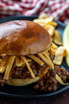 Sloppy Joe's - Quick and easy sandwiches filled with a super tasty ground beef sauce! Sloppy, but oh so good! You are in the right place about Ground Beef asian Here we offer you the most beautiful pi Fun Cooking, Cooking Recipes, Beef Sauce, Sloppy Joes Recipe, Wrap Sandwiches, Picnic Sandwiches, My Best Recipe, Burger Recipes, Ground Beef Recipes