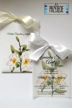 Zaproszenie na Komunię Św. z piękną lilią w formie jednokartkowej z kalką w folderze. Place Cards, Place Card Holders, Tableware, Dinnerware, Dishes, Place Settings, Serveware