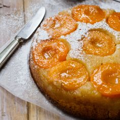 Get Ready to Flip Over 31 Unbelievably Unique Upside-Down Cake Recipes - Brit + Co Peach Cake Recipes, Dessert Recipes, Sweet Desserts, Yummy Recipes, Just Cakes, Cakes And More, Cake Recipe Martha Stewart, Peach Upside Down Cake, Fruit Combinations