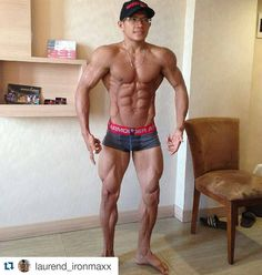 #Repost @laurend_ironmaxx  NICE Abbs . TAG TEMEN LO YANG LEBIH KERING DARI INI  #ironmaxx #ironmaxxindonesia #instafit #fatburner #workout #gym #indogym #suplemen #binaragaindonesia #abs #sixpack #pasarfitnes #flex  #nutrition #fitfam #fitness #whey #fatburner #lean #gym #reps_id #suplemenindonesia #binaragaindonesia #indofitnes #shredded #competitor #menfitnes #bodyfitnes #personaltrainer by indogym