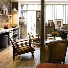 Un studio de 47m2 : mini loft, maxi charme                                                                                                                                                                                 Plus