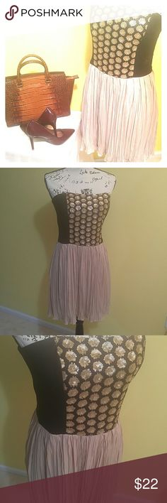 """💥RACHEL Rachel Roy strapless dress💥 EUC gorgeous strapless with gold sequined and pleated tan bottom.  -with pockets on both sides. Waist approx 16 1/2"""" Length approx 28"""" Bust 18 1/2"""" RACHEL Rachel Roy Dresses Strapless"""