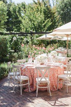 coral garden wedding - photo by Carlie Statsky http://ruffledblog.com/garden-wedding-at-allied-arts-guild