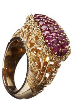 joyas con gemas de color rojo.....Ruby Ring...¡Me Encanta!