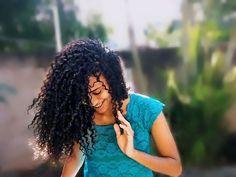 Consulte não a seus medos, mas a suas esperanças e sonhos. Pense não sobre suas frustrações, mas sobre seu potencial não usado. Preocupe-se não com o que você tentou e falhou, mas com aquilo que ainda é possível a você fazer. 🍁  .  cachos vida, cachos perfeitos, cachos volumosos, diva cachos, cacheada, meus cachos, cachos estilosos, curly hair, curly girl, cachos orgulho, cabelo cacheado, cachos com volume, cachos naturais, curly hair, cachos, curly hair, curly hairstyles, cacheada, curls