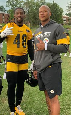 """""""Another camp is in the books Pittsburgh Steelers Players, Pittsburgh Sports, Best Football Players, Nfl Football, College Football, Steelers Images, Steelers Pics, Nfl Championships, Steeler Nation"""