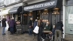 I stopped for lunch and had a Cornish Pasty. They are famous through the UK but why not get them in Cornwall.