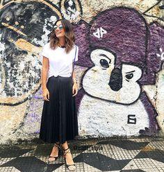 WEBSTA @ midi_style - #Ootd #lookoftheday #saiaplissada #tuesdaynight #fashionstyle #streetfashion #fashion #outfit #itshoes #streetfashion #fashiongirls #ootn #inspiração #maravilhosa #igdemoda #goodvibes #mylook #musthave #midistyle #midi_style #itlook #gorgeous #pretty #fall #midiskirts #igdemoda #itgirl #romantic #itgirl #boanoite #trends