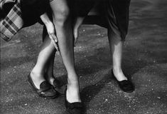 Saul Leiter, Kathy and Gloria, c. 1948