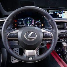 Lexus RX 350 F-Sport 2017 Quarta geração do SUV de luxo tem o motor  V6 de 3.5L a gasolina  com sistema de injeção direta D-4S rendendo 305 cv de potência e a nova transmissão automática de oito velocidades. A tração é integral permanente. Segundo a marca a média de consumo combinada é de 85 km/l.  #CarroEsporteClube #Lexus #LexusRX350 #RX350 #LuxuryCars #SUV #Japan #offroad #4x4 #carsofinstagram #auto #brasil #cargramm #carporn #carro #carros #cars #carsofinstagram #driver #horsepower…