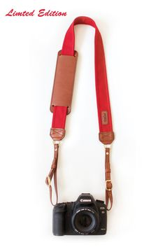 Scarlet Fotostrap - I am thinking this will make a great christmas gift!