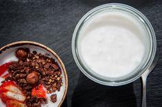 Γιαούρτι από καρύδα Greek Recipes, Acai Bowl, Breakfast, Sweet, Food, Acai Berry Bowl, Morning Coffee, Candy, Essen