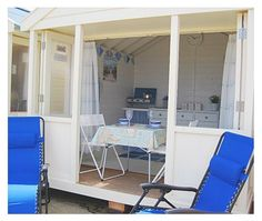 Southwold Beach Hut Owners Association -- Beach Hut Photographs