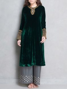 Buy Green Golden Sequin & Dabka Embellished Velvet Silk Kurta Apparel Tunics Kurtas Colorful Hand Embroidered Dupattas Custom made available at Royal Threads Boutique. Pakistani Dress Design, Pakistani Outfits, Indian Outfits, Kurta Designs, Blouse Designs, Velvet Dress Designs, Velvet Kurtis Design, Mode Abaya, Desi Clothes