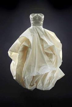 modern couture wedding dress by Rubin Singer, 2014 bridal collection | junebugweddings.com