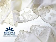 Toalha em organdy e linho bordada com aplicação e caseado-Photo:Bordal