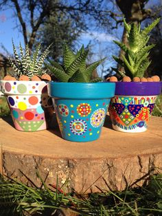 Pot de fleurs pour cactus / plantes succulentes : Accessoires de maison par 3-cactus-dans-1-bateau Flower Pot Art, Flower Pot Design, Painted Plant Pots, Painted Flower Pots, Pots D'argile, Clay Pots, Cactus Plante, Clay Pot People, Pottery Pots