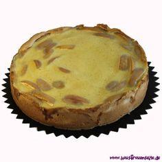 Apfelkuchen mit Schmand Camembert Cheese, Dairy, Pie, Desserts, Food, Apple Recipes, Vegetarian, Dessert Ideas, Diy