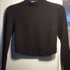 Mock Turtleneck Black Longsleeve Size S• Ribbed• Long Sleeve• Crop Top• Silver zipper in the back• from Forever21• worn twice• Forever 21 Tops Crop Tops