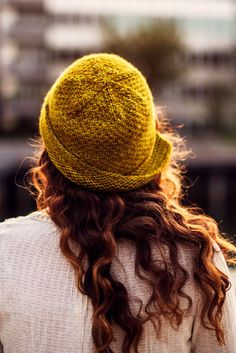 The Ochre Cloche is a wonderful and easy project for spring, fall and summer. The fold up brim allows it to be worn in many ways, and the pattern includes a photo tutorial for the body of the hat. Knitting Blogs, Arm Knitting, Knitting Stitches, Knitting Patterns, Summer Knitting Projects, Cloche Hat, Knitting Accessories, Vintage Knitting, Photo Tutorial