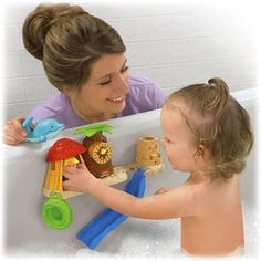 Fisher Price Little People Splash N Scoop Bath Bar Bath Tub Toy by Fisher Price. $27.99. What a great way to pour on the fun! The roof of the hut is a strainer, Eddie's innertube is a scoop, the dolphin squirts, the monkey spins-there's even a waterfall when you pour water through the sandcastle! And once kids see the slide, they'll never want to get out of the tub! (But when they do, everything stores right on the bath bar until next time!)