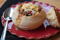 chili in a bread bowl - recipe for bread bowl on this site