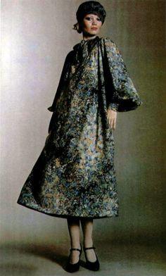 Yves Saint Laurent. L'Officiel Magazine 1974