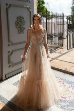 tulle wedding gown with pretty beaded details from Eden Aharo for Julie Vino. Source by DressesChampagne tulle wedding gown with pretty beaded details from Eden Aharo for Julie Vino. Gold Wedding Gowns, Tulle Wedding Gown, Western Wedding Dresses, Backless Wedding, Wedding Dress Sleeves, Long Sleeve Wedding, Boho Wedding Dress, Bridal Dresses, Bridesmaid Dresses